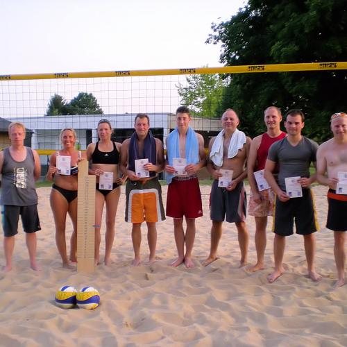 "Volleyball am ""Strand"""